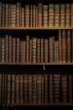 books-2321934_1920
